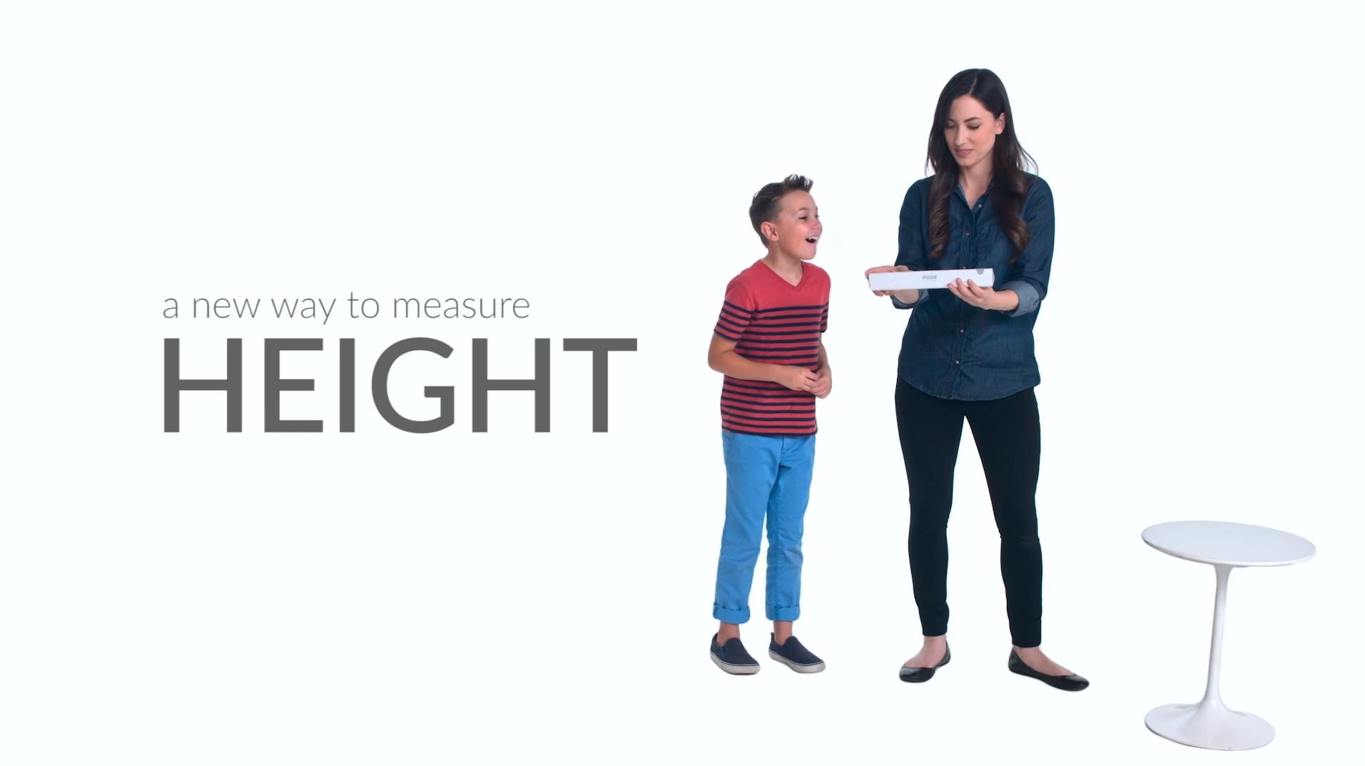 push-stadiometer-child-and-mom